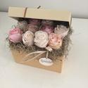 Rózsa doboz , Otthon, lakberendezés, Esküvő, Nászajándék, Esküvői dekoráció, Virágkötés, Kedves ajándék lehet barátaidnak családodnak vagy akár saját magadnak :) Papír dobozkába szorosan e..., Meska