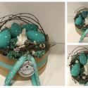 Húsvéti asztaldísz, Dekoráció, Otthon, lakberendezés, Dísz, Virágkötés, Kedves ajándék lehet születésnapra, névnapra vagy csak úgy :) Papír dobozba mohará  ágak és virágok..., Meska