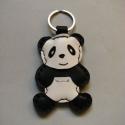 Panda mackó bőr kulcstartó, Mindenmás, Férfiaknak, Kulcstartó, Bőrművesség,  Első körben rendelésre készült. Viszont annyira megtetszett, hogy úgy döntöttem ezzel is bővítem a..., Meska