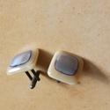 Mandzsettagomb  bézs-barna, Férfiaknak, Mandzsettagomb, Üvegművészet, Üvegből fusing technikával készített mandzsettagomb pár. Mérete: 2×2 cm.  Elegáns, stílusos,egyedi ..., Meska