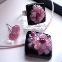Hawaii rózsája  mályva üvegékszer ajándék nőknek névnapra, születésnapra., Ékszer, óra, Ékszerszett, Gyűrű, Nyaklánc, Ékszerkészítés, Üvegművészet, Fusing technikával készült, üvegmedál, gyűrű és a hozzávaló fülbevaló. Nagyon aprólékos munkával ké..., Meska