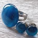 Márványos kék színű gyűrű és fülbevaló, üvegékszer ajándék nőknek névnapra, születésnapra., Ékszer, óra, Gyűrű, Fülbevaló, Ékszerszett, Ékszerkészítés, Üvegművészet, Fusing technikával készült gyűrű és fülbevaló. Enyhén márványos kék színű üvegből olvasztottam. Nik..., Meska
