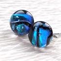 Kék gyémánt, üveg fülbevaló  , ajándék  névnapra, születésnapra., Ékszer, óra, Fülbevaló, Medál, Piercing, testékszer, Ékszerkészítés, Üvegművészet, Fusing technikával készült, ez a pici ellenállhatatlan gyémánt fényű fülbevaló. Csillogó kék dichro..., Meska