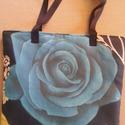 Gyönyörű rózsás táska , Táska, Ruha, divat, cipő, Válltáska, oldaltáska, Tarisznya, Varrás, Rózsa mintás női válltáska   Cserélgethető elejével kék rózsa vagy sárga rózsa mintás gyönyörű váll..., Meska