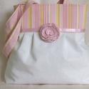 Fehér válltáska  csíkos felső résszel,kitűzővel, Baba-mama-gyerek, Táska, Ruha, divat, cipő, Válltáska, oldaltáska, Varrás, Mindenmás, Fehér  textilből  és rózsaszín-sárga-fehér csíkos vászonból  készítettem ezt a nyári táskát. Minden..., Meska