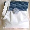 Fehér válltáska pöttyös-kékkel, Baba-mama-gyerek, Táska, Ruha, divat, cipő, Válltáska, oldaltáska, Varrás, Mindenmás, Fehér  textilből ,kék pöttyös felső résszel készítettem ezt a nyári táskát. Minden alkalomra megfel..., Meska