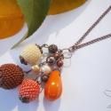 Sütőtök nyaklánc - bogyóláz_03, Ékszer, óra, Nyaklánc, Gyöngyfűzés, 3 db különböző színű (terrakotta, világossárga és narancssárga) gyöngybogyót helyeztem fel vörösréz ..., Meska