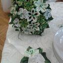 Szatén örökcsokor , Esküvő, Esküvői csokor, Esküvői dekoráció, Nászajándék, Mindenmás, Virágkötés, Igazán egyedi, formabontó és örök csokor.  Élő zöldből és szatén várigból összeállított csokor, mel..., Meska