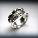 ISMÉT! Ezüst lelet gyűrű., Ékszer, óra, Gyűrű, A munkáimat régebb óta figyelemmel kísérők már ismerhetik a lelet gyűrű kollekciómat.  Most készítet..., Meska