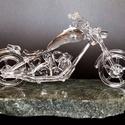 Üveg Chopper, Képzőművészet, Szobor, Szobrászat, Üvegművészet, Víztiszta üvegből (duran), részletesen elkészített chopper motor. Szabad kézzel készült, sablonok n..., Meska