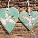 Báránykás  falidíszek, Dekoráció, Otthon, lakberendezés, Falikép, Kerámia, Ékszerkészítés, Fehérre égő agyagból készítettem ezeket a szív alakú táblákat.Kopott,régies hatásúak.Béke,szeretet,..., Meska