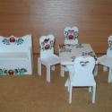 Mini étkező paddal (rendelhető), Baba-mama-gyerek, Magyar motívumokkal, Játék, Gyerekszoba, Festett tárgyak, A szett tartalma 4 db szék, 1 db étkezőasztal és egy ülőpad. Egészségre nem ártalmas festékkel fest..., Meska