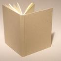 Natúr, kemény borítós, díszíthető könyv A/5 méretben. Napló, emlékkönyv, vendégkönyv, Naptár, képeslap, album, Jegyzetfüzet, napló, Natúr, kemény borítós, díszíthető könyv csomagolópapír borítással, A/5-ös méretű. A natúr borítóra l..., Meska