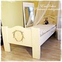 Provence-i  ágy-AZONNAL ELVIHETŐ, Baba-mama-gyerek, Bútor, Ágy, Gyerekszoba, Provence-i hangulatok a hálószobában. Antikolt fehér, levendula mintával festett, tömör fenyő ágy. P..., Meska