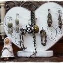 Vintage szív  Valentin napra, Ékszer, óra, Otthon, lakberendezés, Ékszertartó, Tárolóeszköz, Kétoldalas, fa ékszertartó, Valentin napra. Romantikus szív  formájú,  antikolt fehér színű ékszerta..., Meska