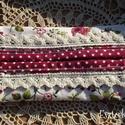 Csipkés- virágos, romantikus zsebkendőtartó, Táska, Pénztárca, tok, tárca, Zsebkendőtartó, Fehér alapon rózsa- és virágmintás pamutvászonból készült, bordó alapon fehér pöttyös szegéllyel és ..., Meska
