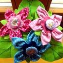 Textil virágcsokor kitűzőkkel kislánynak, Baba-mama-gyerek, Dekoráció, Varrás, Virágkötés, Pöttyös pamutvászonból készült virágcsokor kislányok részére.  A virágok közepén egy-egy kitűző tal..., Meska