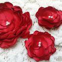 Menyasszonyi fejdíszek, Piros rózsák, Menyasszonyi virágok, Esküvő, Hajdísz, ruhadísz, Varrás, Menyasszonyi fejdíszek, Piros rózsák, Menyasszonyi virágok  A képen látható menyasszonyi kiegészítő..., Meska
