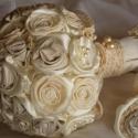 Csipkerózsika álma menyasszonyi csokor RENDELHETŐ, Esküvő, Esküvői csokor, Esküvői dekoráció, Hajdísz, ruhadísz, Virágkötés, Varrás, Megrendelésre készítettem a menyasszony ruhájának anyagából,csipkéből,szaténból,héjrózsából.Félgömb,..., Meska