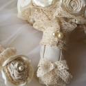 Csipkerózsika álma menyasszonyi csokor , Esküvő, Esküvői csokor, Esküvői dekoráció, Hajdísz, ruhadísz, Virágkötés, Varrás, Megrendelésre készítettem a menyasszony ruhájának anyagából,csipkéből,szaténból,héjrózsából.Félgömb..., Meska