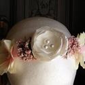 Rózsaszín Kert hajpánt esküvőre, Esküvő, Esküvői ékszer, Hajdísz, ruhadísz, Menyasszonyi ruha, Virágkötés, Varrás, Viselhető esküvőre vagy más alkalomra is. Rózsaszín hortenziák,szaténból készült stilizált rózsa tá..., Meska