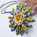 Őszike, Ékszer, óra, Medál, Nyaklánc, Az ősz fergeteges színben - sárga, barna, kék, beige - készítettem el ezt a virágot.  Cseh és japán ..., Meska