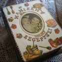 Mamikám receptjei egyedi személyre szóló doboz, Otthon, lakberendezés, Dekoráció, Tárolóeszköz, Doboz, 24x20 cm-es könyv alakú doboz, melyet belül barna páccal festettem, kívül decoupage technikáv..., Meska