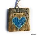 kék szív ( kék-arany), Dekoráció, Otthon, lakberendezés, Dísz, Falikép, Egyedi, rusztikus fa dekoracio. falra akaszthato. Nagyon csillogo.   kb 8x8.5 cm + akaszto.  ajanlot..., Meska
