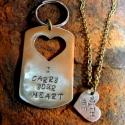 """""""dögcédula"""" szerelmesek részére, Férfiaknak, Ékszer, óra, Medál, Ötvös, A szerelmesek összetartozását jelképezi ez az ékszer. Fele medál, fele kulcstartó. Saját szöveget i..., Meska"""