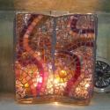 Nyolcszögletes mozaikos váza, Otthon, lakberendezés, Kaspó, virágtartó, váza, korsó, cserép, Üvegművészet, 18x18x16 cm-es mozaikkal díszített váza, vagy mécsestartó. Mivel a narancs és piros szín dominál ra..., Meska