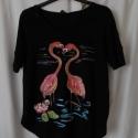 Flamingók estéje egyedi kézzel festett női póló rendelő által biztosított darabra, Ruha, divat, cipő, Női ruha, Felsőrész, póló, Festészet, Festett tárgyak, Rendelőm imádja a flamingókat, eleganciájuk lenyűgözte őt. Sokat   mesélt nekem arról, miképpen póz..., Meska