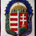 Vitézi rend címere, Dekoráció, Magyar motívumokkal, Dísz, Kerámia, Kézzel festett, domború, aranyozott, fehér agyagból készült kerámia vitézi címer. 19x25 cm, Meska