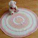 Kishercegnő horgolt szőnyege, Baba-mama-gyerek, Gyerekszoba, Falvédő, takaró,   Ez a szőnyeg horgolással, a rózsaszín több árnyalatában és fehér fonalból készült. Kislányok - és ..., Meska