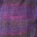 Kemoterápiás kendő lila, Ruha, divat, cipő, Kendő, sál, sapka, kesztyű, Kendő, Varrás, Vékony kötöttszerű anyagból készült, belül puha pamut béléssel, sötétlila halvány csíkokkal Mérete ..., Meska