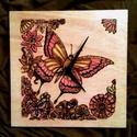 Pillangó hatás..., Otthon, lakberendezés, Képzőművészet, Falióra, Grafika, Famegmunkálás, Fotó, grafika, rajz, illusztráció, Mérete : 25*25 cm  Számomra egy gyönyörű pillangó mindig az eljövendő nyarat szimbolizálja....a szí..., Meska