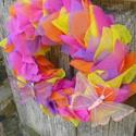 """Szivárvány-""""Itt a farsang ,áll a bál"""", Dekoráció, Otthon, lakberendezés, Dísz, Virágkötés, Mindenmás, A szalma alapot bevontam szalaggal, 4 féle szinű( narancs,citrom,pink, lila)  vetex csomagoló anyag..., Meska"""