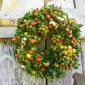 Bogyó földön-őszi ajtódísz,koszorú,kopogtató, Dekoráció, Otthon, lakberendezés, Dísz, Falikép, Virágkötés, Természetes anyagok felhasználásával készült ajtódísz. Szép dísze lehet ősszel ajtódnak. méret 25cm, Meska