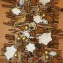 Téli termések,adventi,karácsonyi falidísz,ajtódísz, Dekoráció, Karácsonyi, adventi apróságok, Ünnepi dekoráció, Karácsonyi dekoráció, Újrahasznosított alapanyagból készült termékek, Virágkötés, Természetes anyagok felhasználásával készült a díszem.Illatos fahéj,ánizs került rá.EGYEDI méret:kb..., Meska