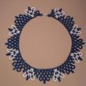Kék-fehér szivecskés  gyöngygallér, Ékszer, óra, Nyaklánc, Ékszerszett, Gyöngyfűzés, Ékszerkészítés, Színjátszó kék (írisz kék) és fehér kásagyöngy felhasználásával készült népies, romantikus jellegű ..., Meska
