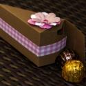 Tortaszelet köszönetajándék doboz, édesség, bonbonos doboz, Esküvő, Esküvői dekoráció, Meghívó, ültetőkártya, köszönőajándék, , Meska