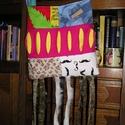 Egyedi hippi/raszta táska - Fesztiváltáska, Táska, Tarisznya, Válltáska, oldaltáska, Egyedi táska a különleges darabok kedvelőinek Mérete 32x32 cm (rojtok nélkül) Pánt hossza állítható ..., Meska
