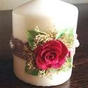 Fehér színű mini dekor - gyertya  piros rózsával ,csipkével és gyönggyel díszítve, Dekoráció, Otthon, lakberendezés, Gyertya, mécses, gyertyatartó, Ünnepi dekoráció, Kerámia, Virágkötés,  Mérete : 6,5 cm  magas x  5,5 cm átmérőjű   A készen vásárolt német minőségű gyertyára  saját kézz..., Meska