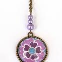 Lila virág üveglencsés nyaklánc, Ékszer, óra, Nyaklánc, Ékszerkészítés, Lila, virágos mintával díszített  üveglencsés nyaklánc bronz színű fém alapokkal, lila üveg teklagyö..., Meska
