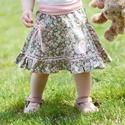 Zöld-rózsaszín, PÖRGŐS, 74-104-es pamut, virágos nyári szoknya , Ruha, divat, cipő, Gyerekruha, Gyerek (4-10 év), Kamasz (10-14 év), Varrás, Hímzés, A csodaszép zöld-rózsaszín apró virágos nyári szoknya romantikus stílusa magával ragadó. A szaténsz..., Meska