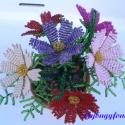 Pillangó virág cserépben gyöngyből, asztali dísz, Dekoráció, Otthon, lakberendezés, Dísz, Kaspó, virágtartó, váza, korsó, cserép, Gyöngyfűzés, Virágkötés, A virágokat 2 mm-es a képen látható színű cseh kásagyöngyökből fűztem, majd 7 cm átmérőjű cserépbe ..., Meska