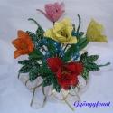 Tulipános tavaszi csokor gyöngyből,  asztali dísz, Dekoráció, Otthon, lakberendezés, Dísz, Gyöngyfűzés, Virágkötés, A csokrot 5 szál tulipánból, 3 szál margarétából,2 szál kéknefelejcsből és több juharlevélből készí..., Meska