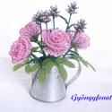 Rózsa és levendula cink öntözőkannában gyöngyből, asztali dísz, Otthon, lakberendezés, Dekoráció, Ünnepi dekoráció, Kaspó, virágtartó, váza, korsó, cserép, Gyöngyfűzés, Virágkötés, A díszt 6 cm magas és 5 cm átmérőjű cink kannába készítettem. Teljes magassága ( virág + cink edény..., Meska