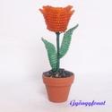 Narancssárga tulipán gyöngyből, cserepes dísz, Dekoráció, Otthon, lakberendezés, Dísz, Kaspó, virágtartó, váza, korsó, cserép, Gyöngyfűzés, Virágkötés, A virág magassága a cseréppel együtt kb. 10,5 cm. A virágot vékony drótra fűztem narancssárga és zö..., Meska