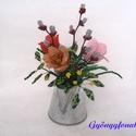 Csokor tulipánnal és barkával cink kiöntóben  gyöngyből, asztaldísz, Otthon, lakberendezés, Dekoráció, Kaspó, virágtartó, váza, korsó, cserép, Gyöngyfűzés, Virágkötés, A díszt 6 cm magas és 5 cm átmérőjű cink kiöntőbe készítettem,  teljes magassága ( virág + cink edé..., Meska
