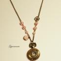 Púder - vintage jellegű ékszeróra, bronzban, Ékszer, óra, Karóra, óra, Nyaklánc, Ékszerkészítés, 2.5 cm-es bronz szerelékes ékszeróra, 80 cm hosszú láncon. Kérésre tudok rövidíteni!  Rózsaszín gyö..., Meska